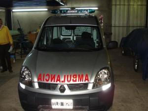 Ambulancia en Renault Kangoo